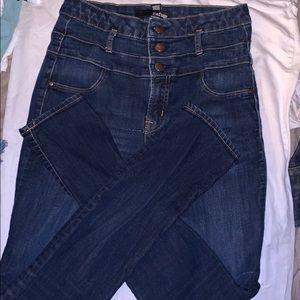 high waisted pants